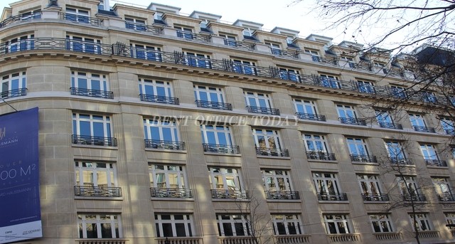 office rent 7-11 boulevard haussmann-1