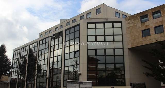 office rent cap beaune-1