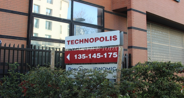 office rent le technopolis-8