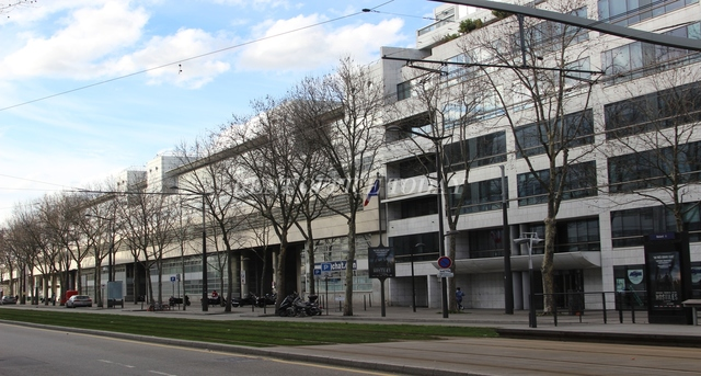 office rent 1 boulevard victor-2