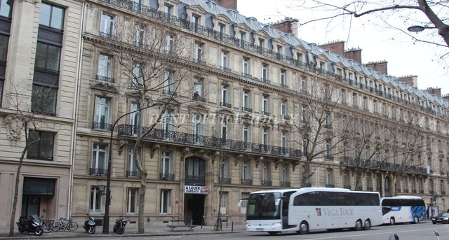 office rent 151 boulevard haussmann-1