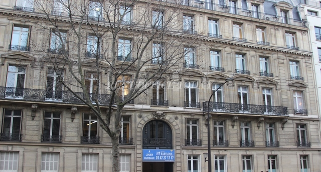 office rent 151 boulevard haussmann-12