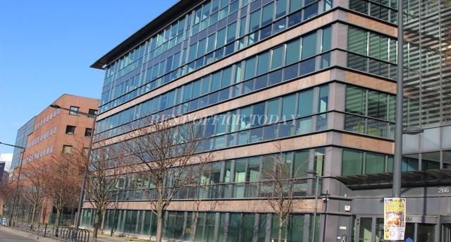 location de bureau le stadium-5