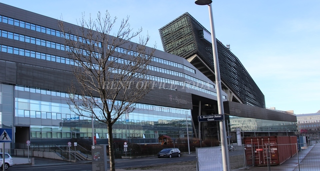 office rent t-center st. marx-11