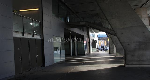 office rent t-center st. marx-8