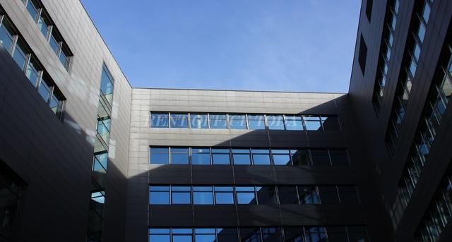 office rent t-center st. marx-9