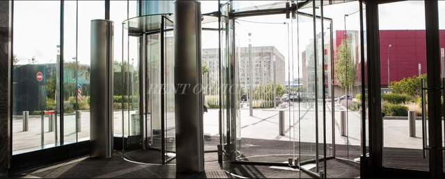 مكتب للايجار arcus 3-1