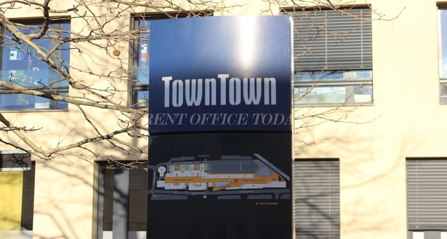 office rent town town-3