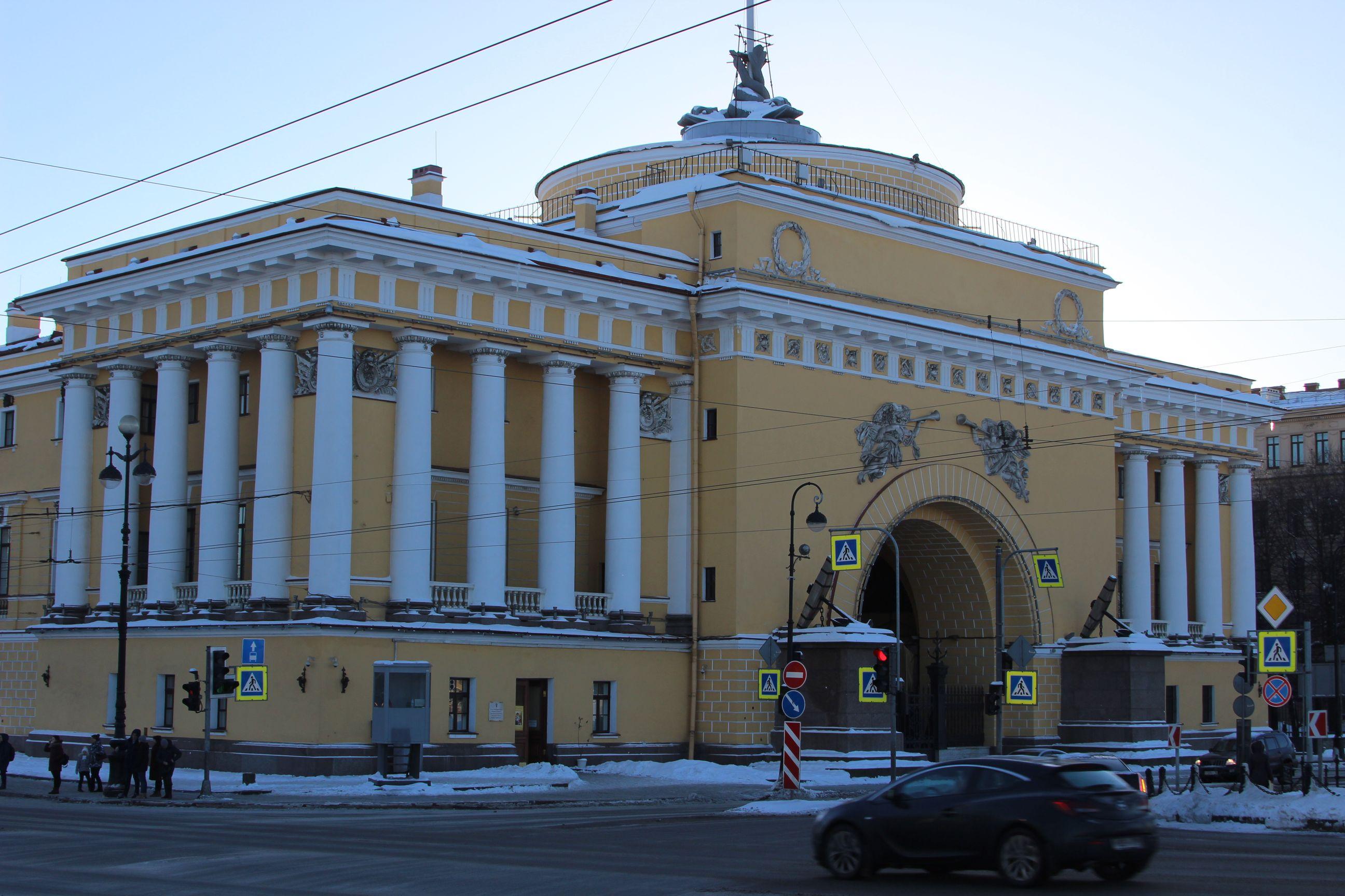 admiralteystvo_Saint-Peterburg