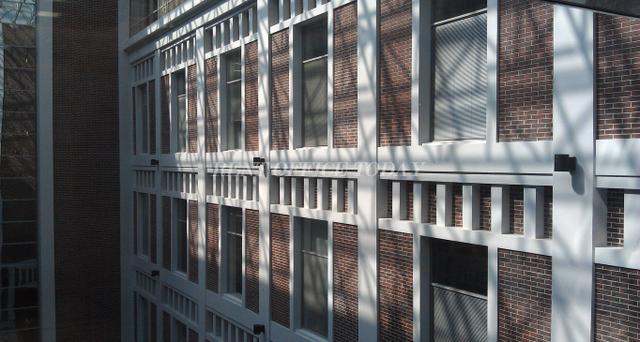 office rent w plaza-5