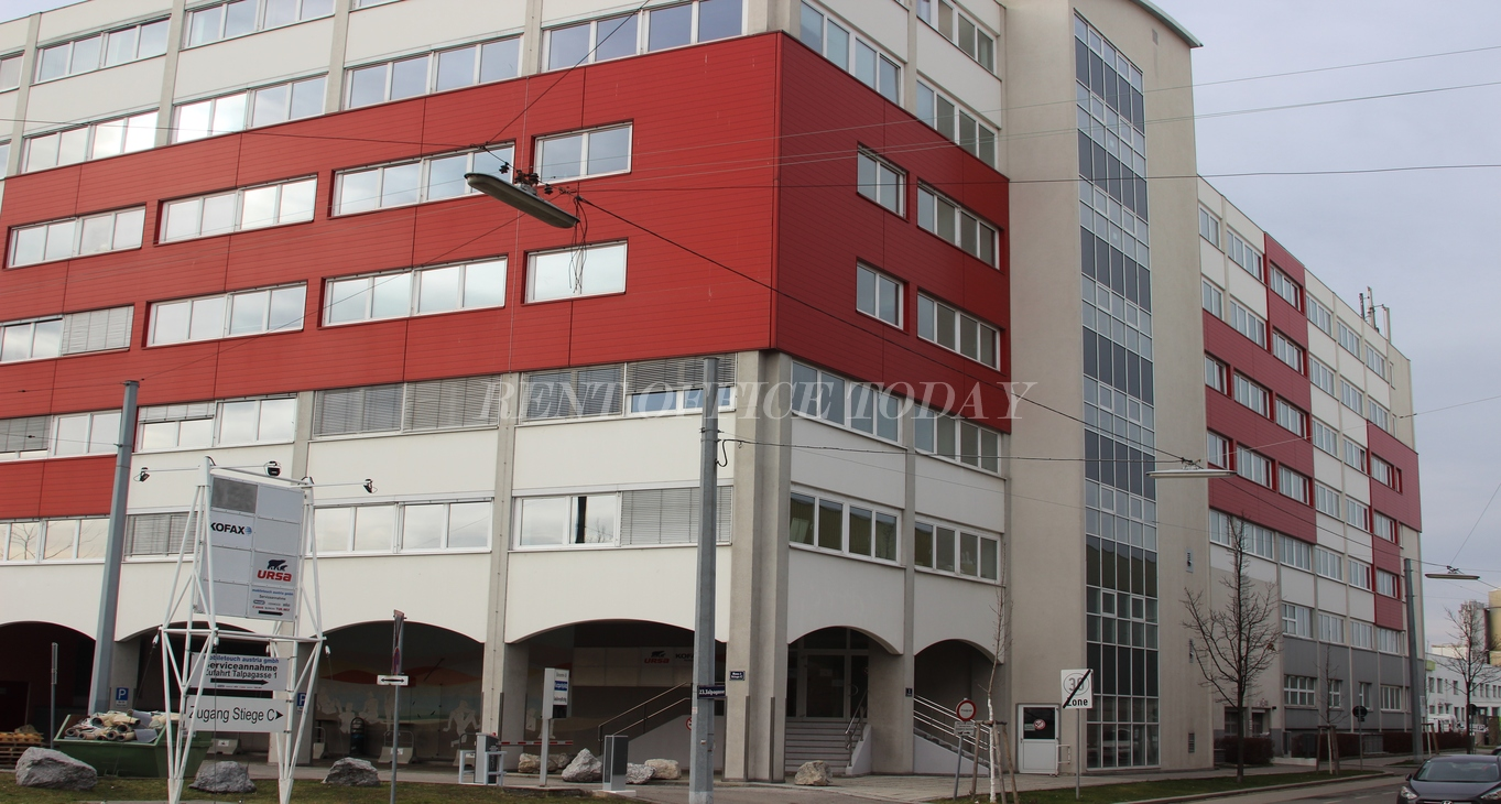 office rent u6 center siebenhirten-11