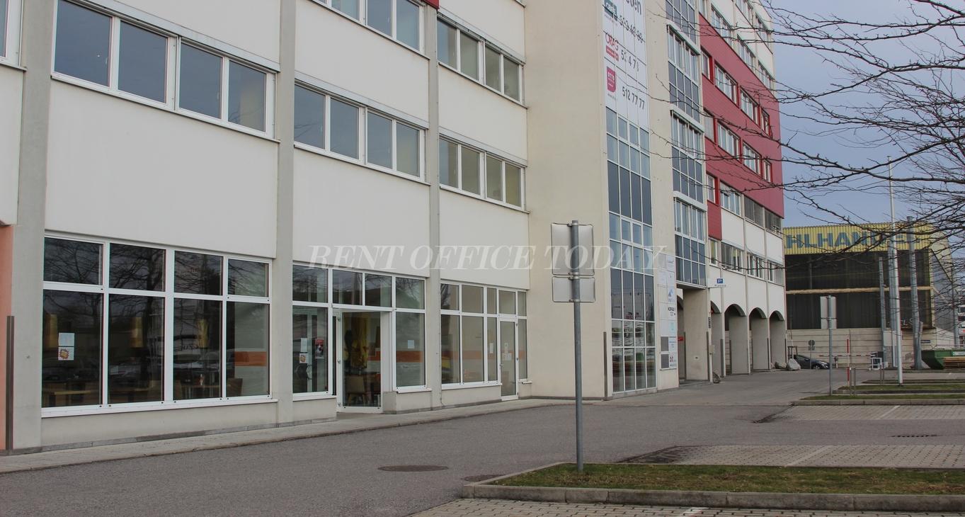 office rent u6 center siebenhirten-3