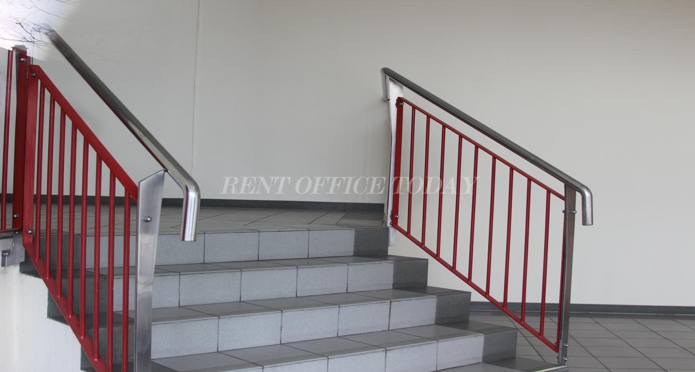 office rent u6 center siebenhirten-7