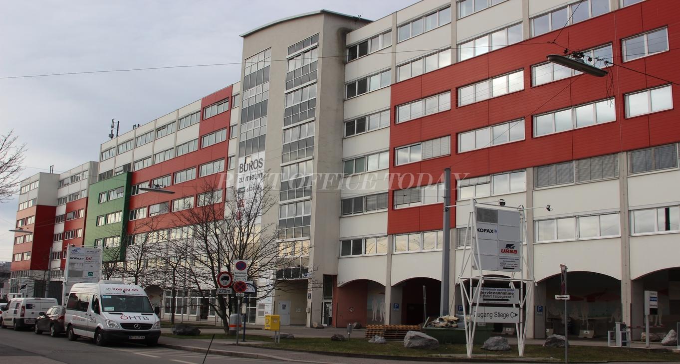 office rent u6 center siebenhirten-10