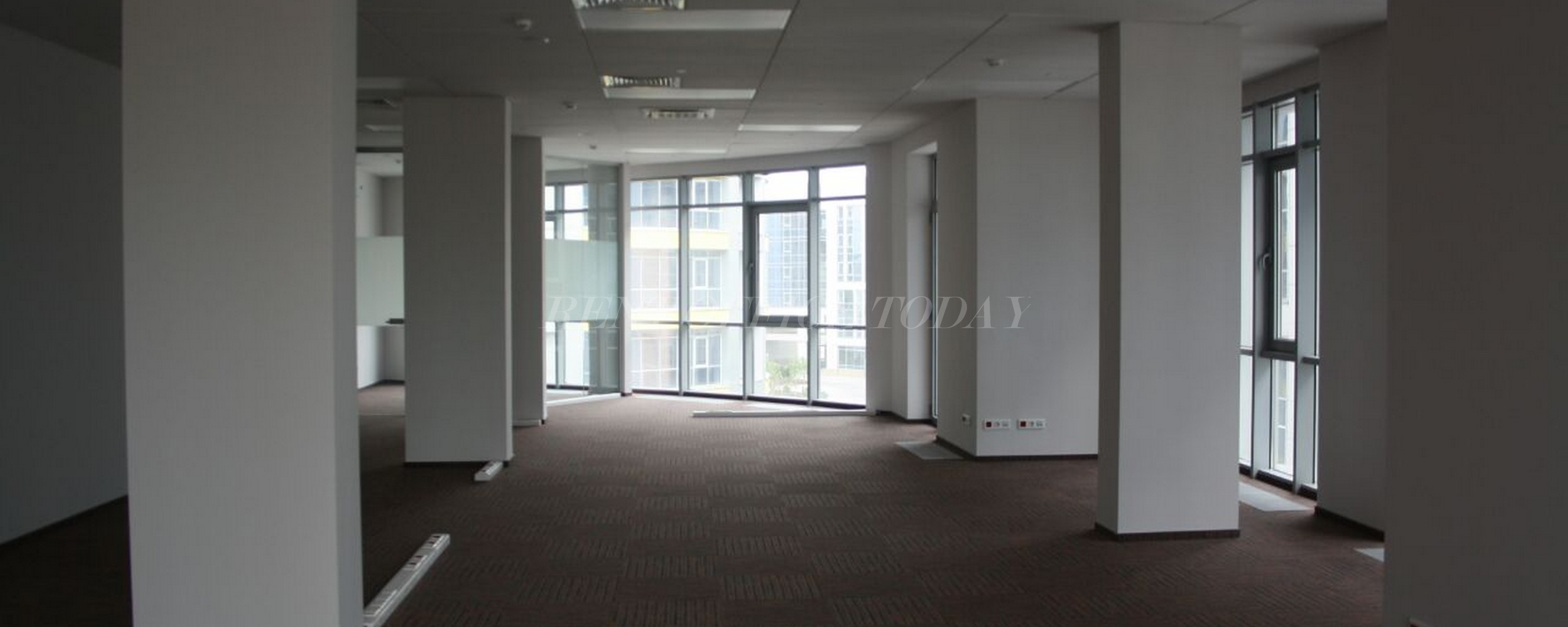 office rent poklonka place-23
