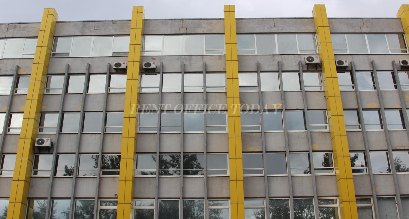 бизнес центр желтый угол-14