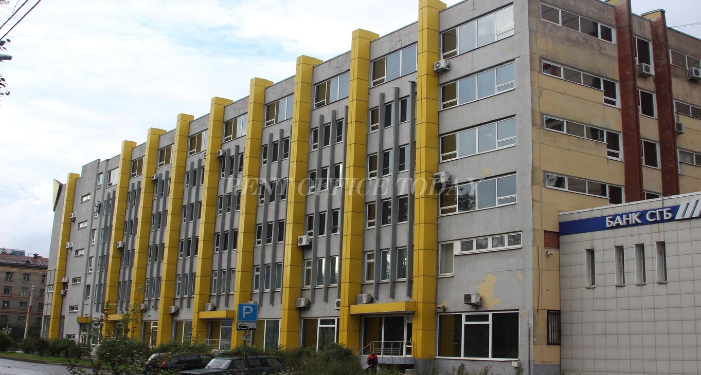 бизнес центр желтый угол-15