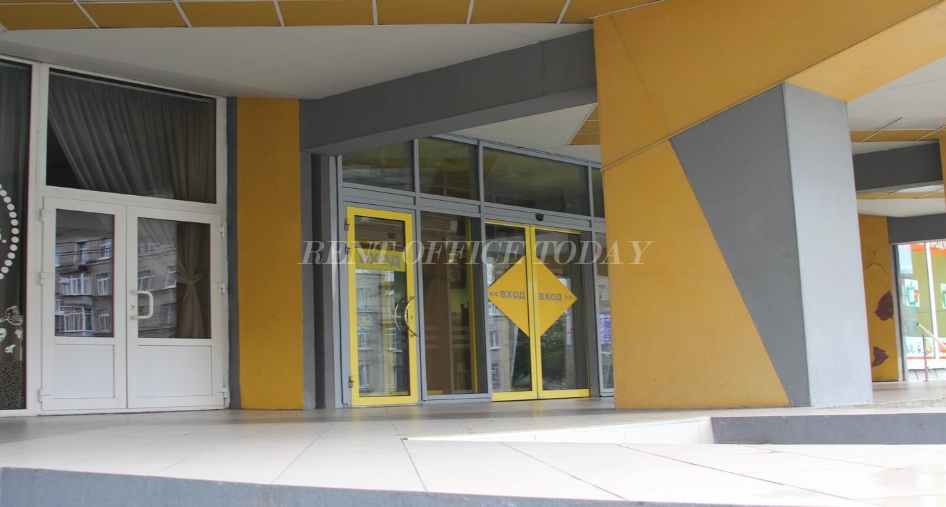 бизнес центр желтый угол-9