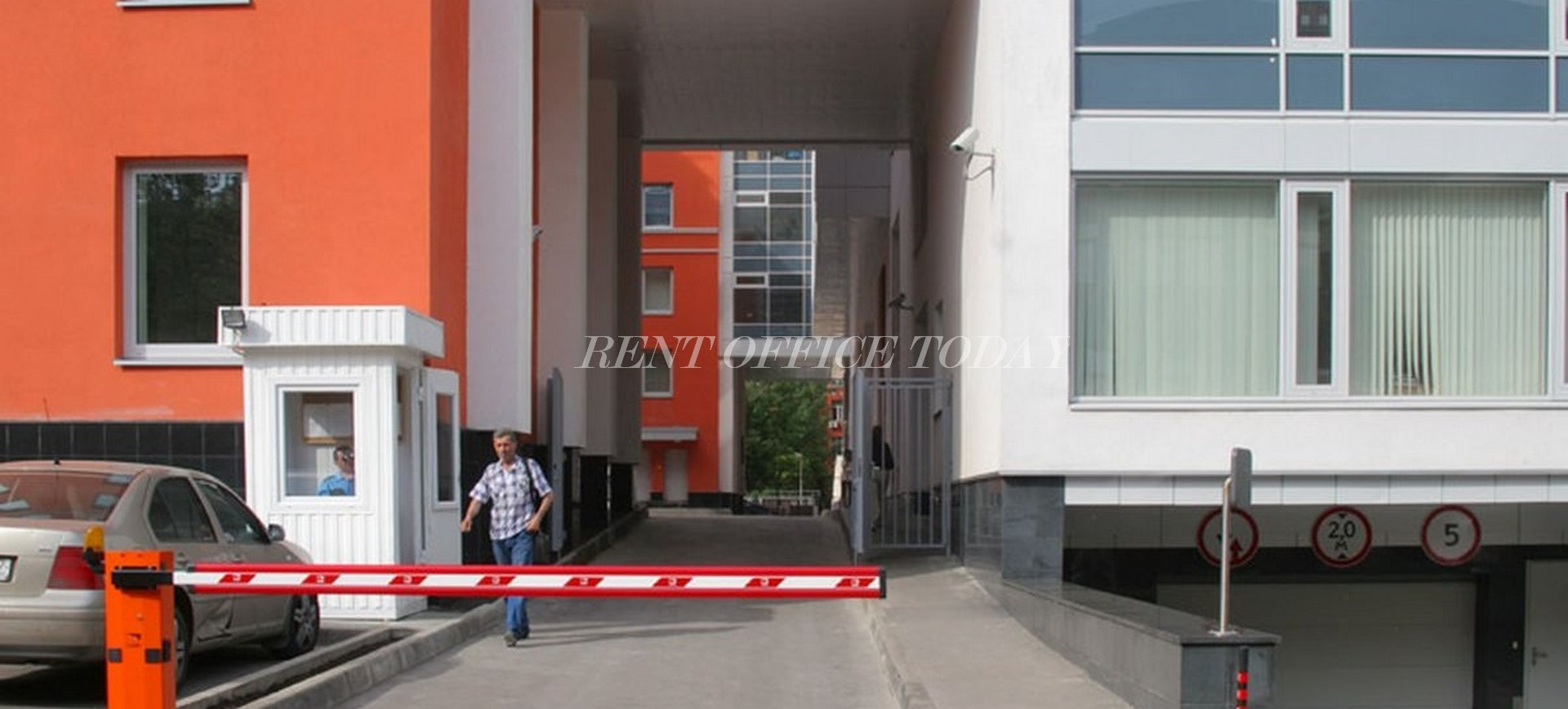 office rent ferro plaza-4