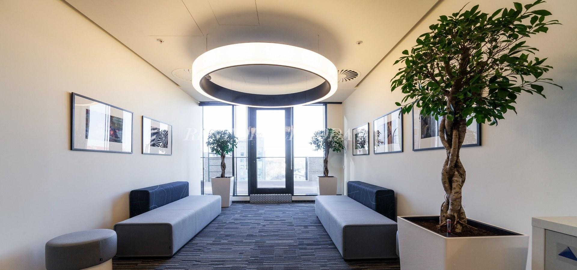 Бизнес центр Белые сады