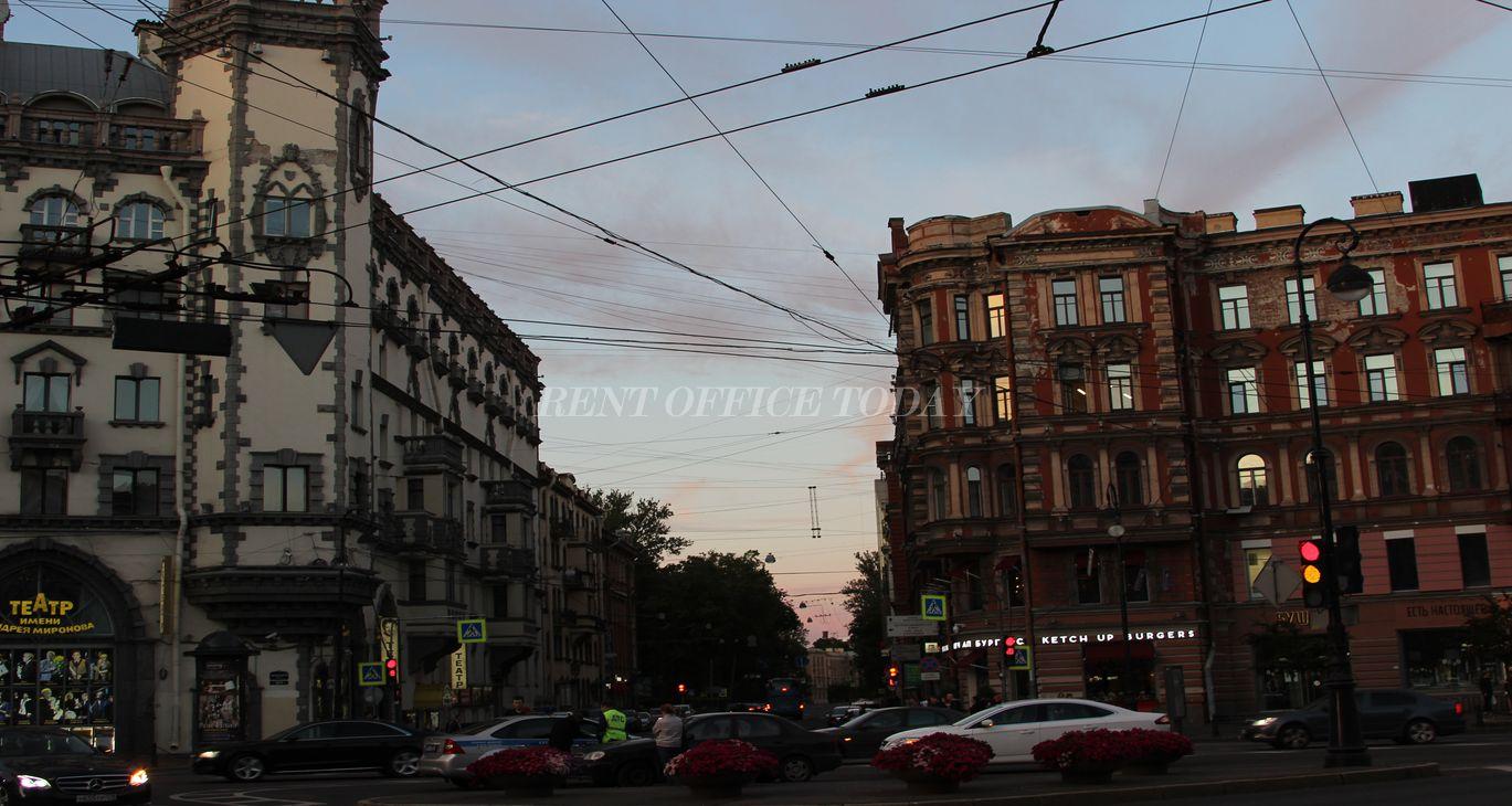 Аренда офиса у метро Петроградская