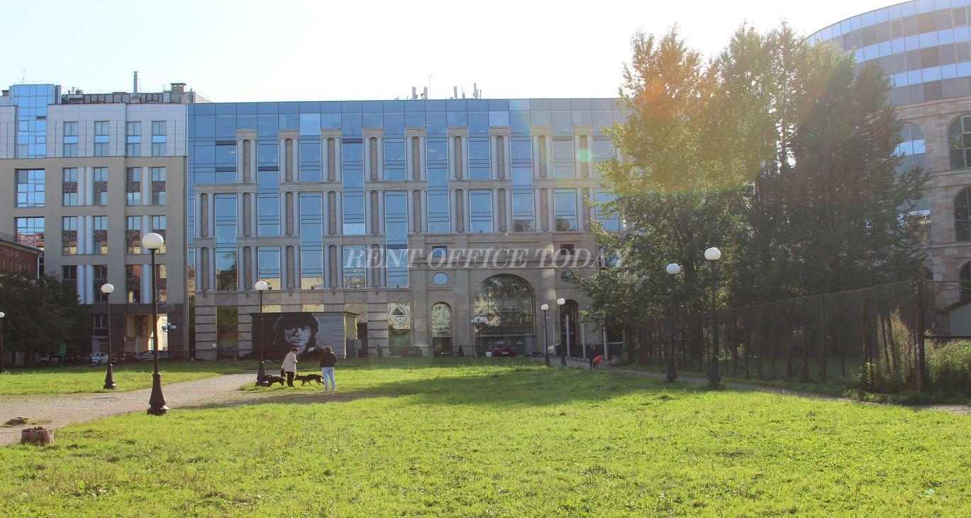 Бизнес центры у метро Маяковская