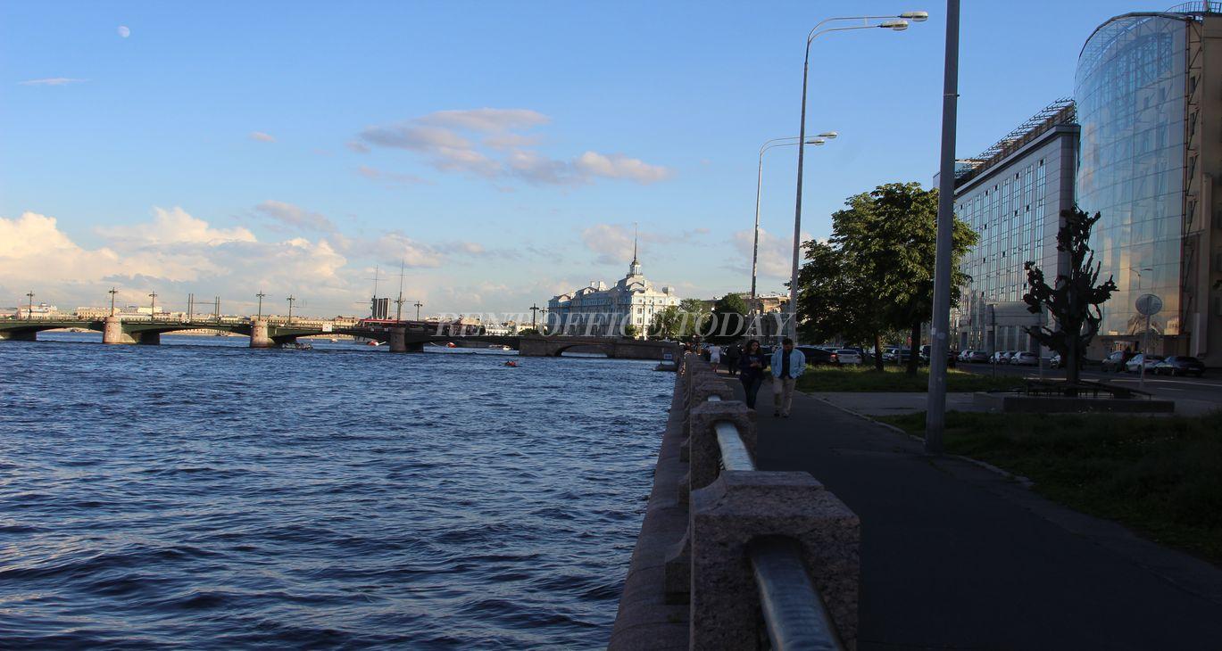 Бизнес центры у метро Горьковская