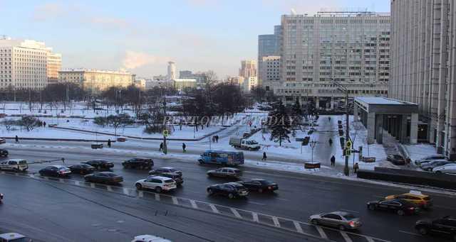 Снять офис у метро Октябрьская
