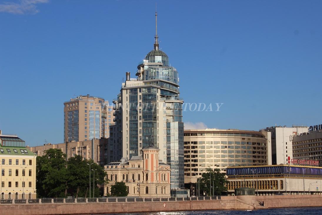 Аренда офиса на Площади Ленина в Санкт Петербурге
