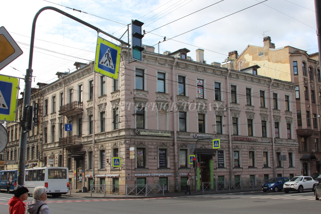 Снять офис на Чкаловской в Санкт Петербурге